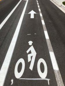 Permanent Markings Overlay Cold Plastic Bike Symbols with Longline Polyurea